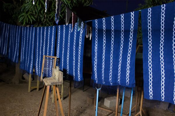 Etoles Shibori Bleu nuit Sechage