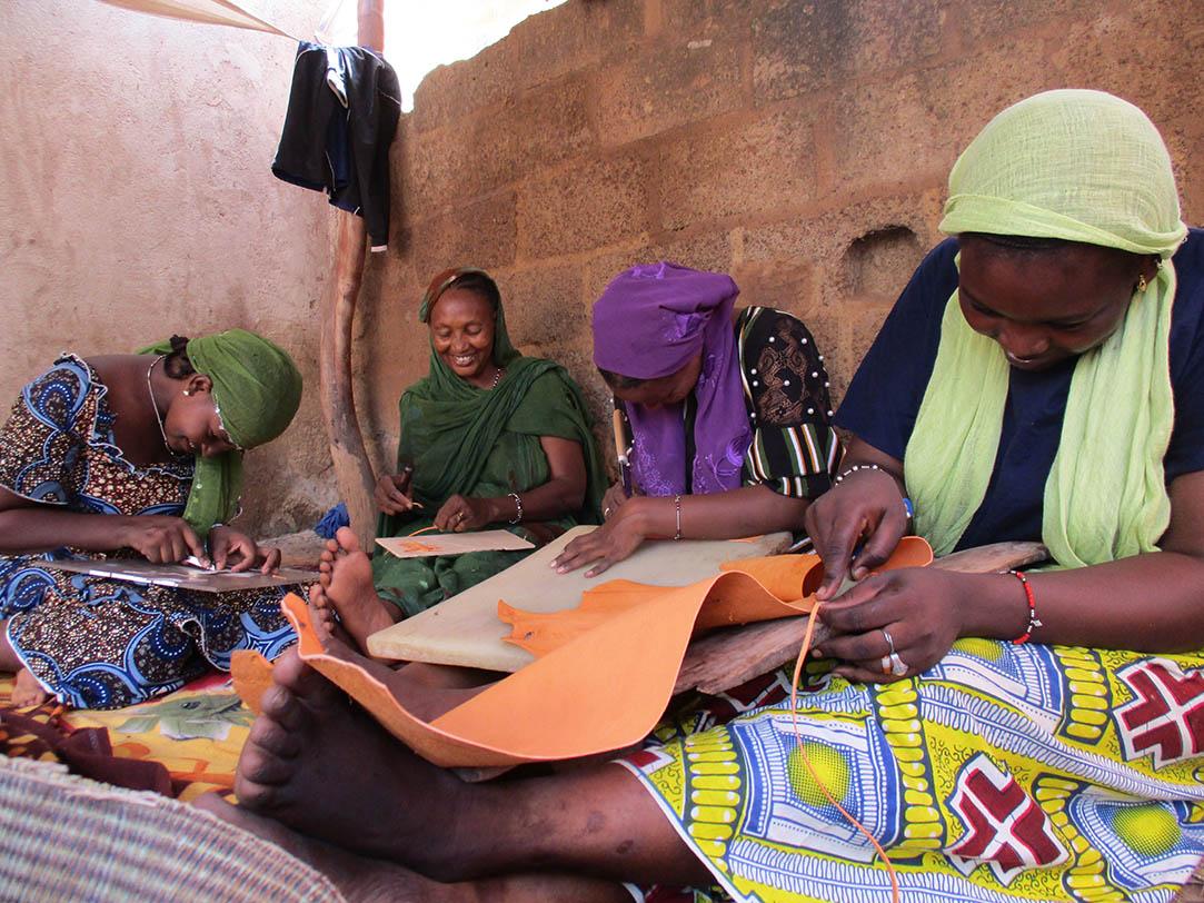artisanat touareg, travail des femmes