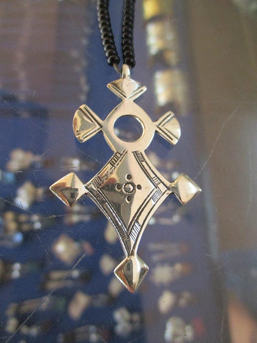 croix traditionnelle touaregue
